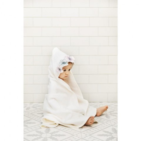 Hooded_Towel_Embedding-Bloom_LS_Jadeco (Copy)